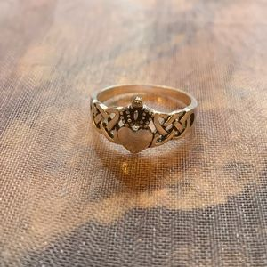 Jewelry - Sterling Silver Celtic Claddagh Ring.